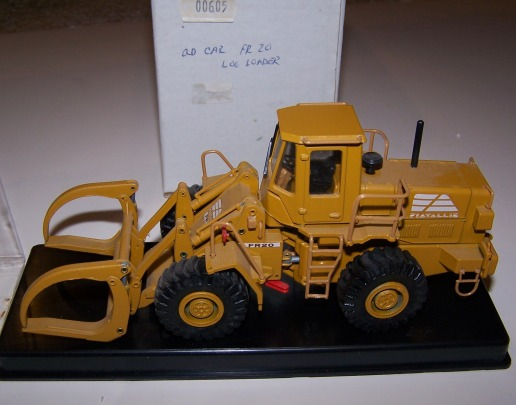 Old Car Fiat Allis FR 20 wheel loader with log forks