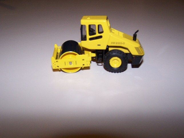 Bomag BW213 with Cab smooth drum Roller